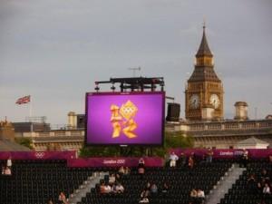 sarah in london 2012 11 20120902 1358281615